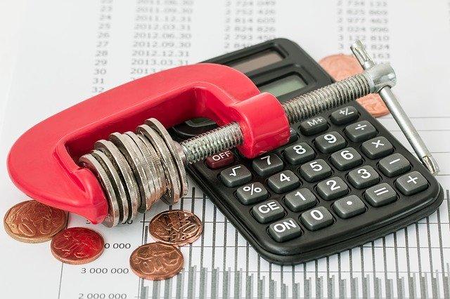 úspory rozpočet investice