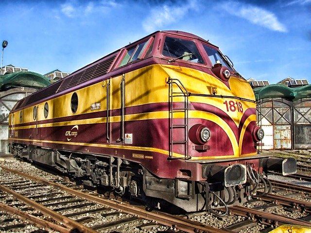 železniční lokomotiva